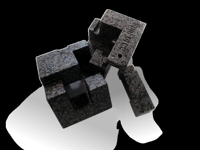 写真:サンフォース 成型品例(キューブ)
