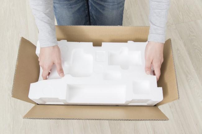 写真:発泡スチロール梱包材 使用例